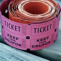 Try a 50/50 raffle as a quick fundraising idea!